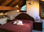 Double Bedroom lake como property for sale