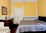 Double Bedroom Villa For Rent Como