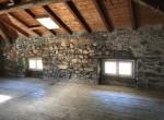Attic floor to renovate House Schignano