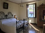 Double bedroom in Lemna Lake como