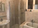 bath tub shower