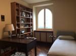 bedroom in carate urio lake como