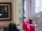 1.2 Red sofa apartment in Moltrazio