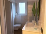 bathroom house for sale in moltrasio