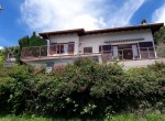 House with lake view and garden - Pigra