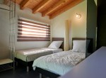 23_Extra-bedroom-with-shower-holiday-property-Lake-Como-850x570