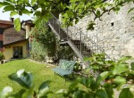 8_Second-private-garden-Villa-Argegno-for-holiday-850x570