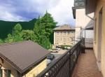 balcony lemna
