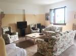 11 living room 3 bedrooms villa