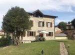 43 stone villa with garden