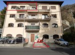 argegno apartment for sale with car parking