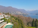 10 apartment with shared pool como