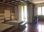 12 bedroom como
