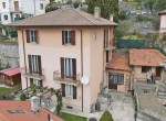 villa to renovate with garden moltrasio