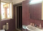 bathroom with shower colonno